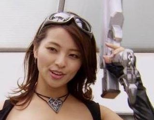 髪のアクセサリーが素敵な水崎綾女さん
